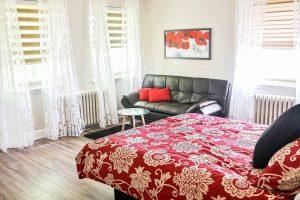 Chambre avec divan-lit